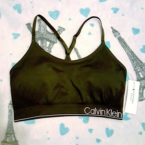 Calvin Klein Performance Low-Impact Sports Bra f269719b3